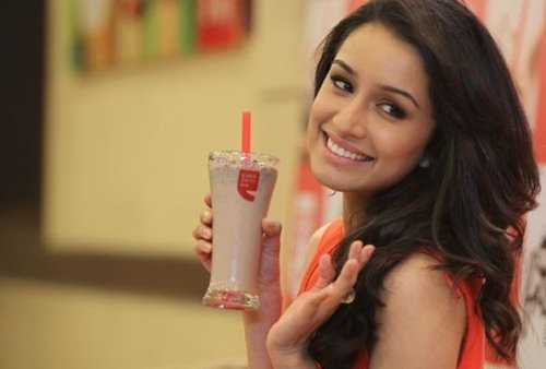 Shraddha Kapoor to shoot 'Half Girlfriend' after 'Baaghi', 'Rock On 2'