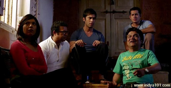 Crazy Cukkad Family full movie in hd download